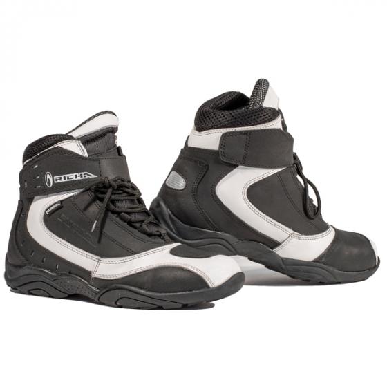 Richa Slick boot black/white