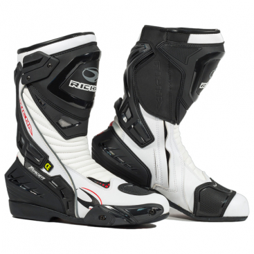 Richa Tracer W/P boot white